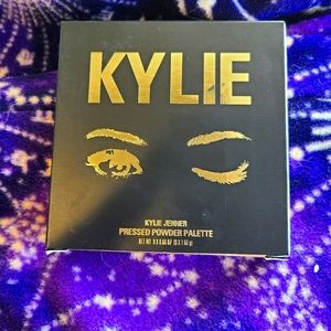 The Sorta Sweet Palette by Kylie Cosmetics